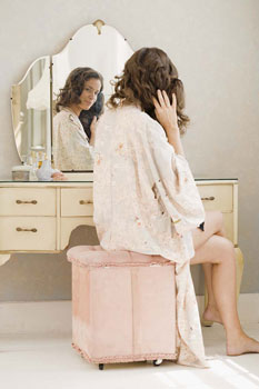 Vanities on Where Do You Get Ready In The Morning  2010 01 29 06 00 11