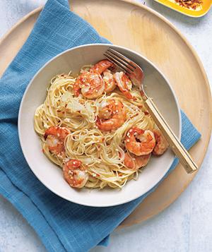 Easy Spicy Garlic Shrimp Pasta Recipe | POPSUGAR Food