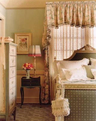 http://media.onsugar.com/files/2010/02/06/2/688/6885965/94/07_Rinfret_bedroom_blue.jpg