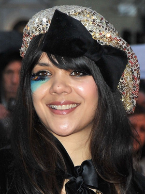 cool eye makeup styles. black eye makeup styles. 2010 Brits Makeup Styles,