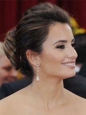 Penelope Cruz 2010 Oscars Hair