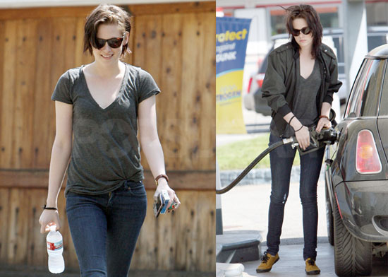 For more photos of Kristen out in LA, just read more.