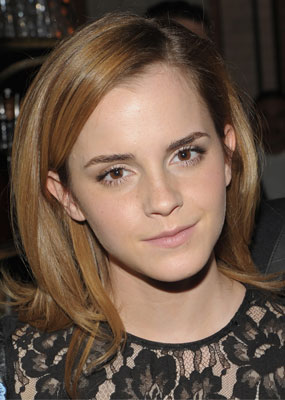 how to look like emma watson makeup