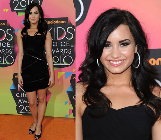 Expert Choice For Alien Antenna Headband Costume: Demi Lovato At 2010 Kids' Choice Awards