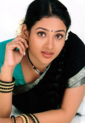 http://media.onsugar.com/files/2010/04/15/0/814/8145559/c7/tamil_actress_uma_hot1.jpg