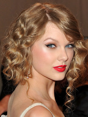 Taylor Swift Clothes on 0d7249762e57aadb Taylor Swift Jpg