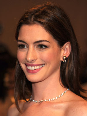 anne hathaway scandal photos. dresses anne hathaway scandal