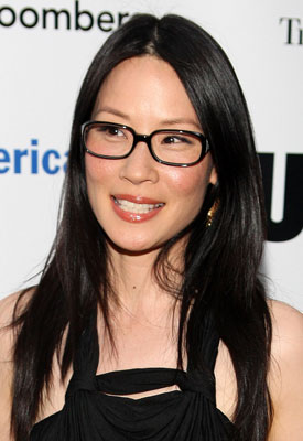Black Frame Glasses Celebrities Wear : Wearing Makeup With Black Eyeglasses POPSUGAR Beauty