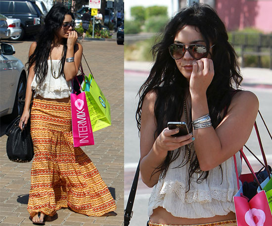 See what does the famous stars wearing when go out in this hot summer