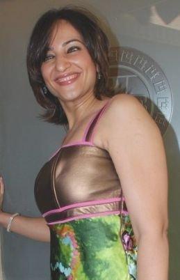 khan bikini Rakshanda