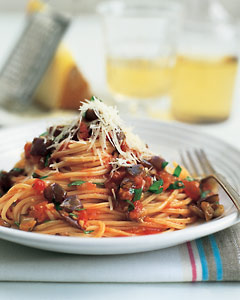 Spaghetti With Eggplant and Tomato Sauce Recipe | POPSUGAR Food