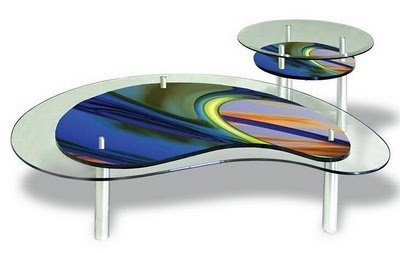 Wonderful-furniture-for-living-room-modern-with-kidney-shape-coffee-table-made-from-glass-with-colorful-design