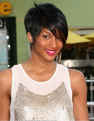 trendy short hairstyles 2009. short hair styles 2010