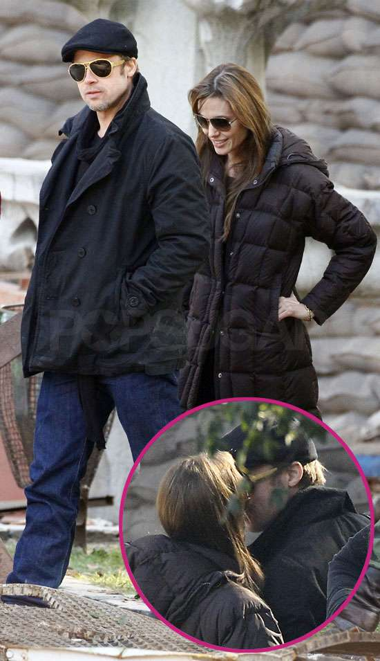 brad pitt and angelina jolie kiss. Brad Pitt and Angelina Jolie