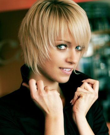 Short Funky Razor Cut Hairstyles For Women pretty cute hairstyles pictures