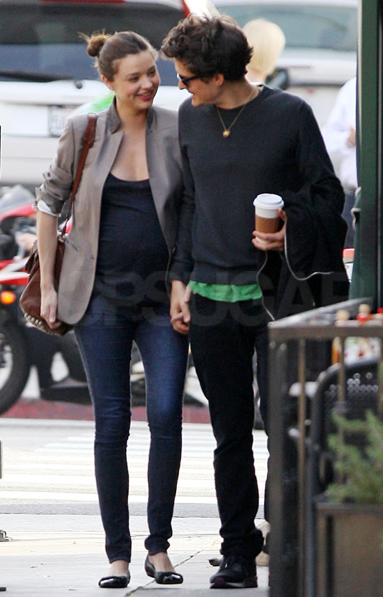 pictures of orlando bloom and pregnant miranda kerr out to