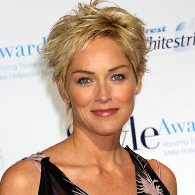 Short Hair Styles for Mature Women Short hair not only make the more you
