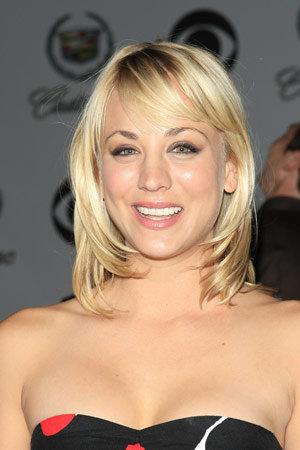 trendy medium length hairstyles. Medium Length Hair Styles 2010