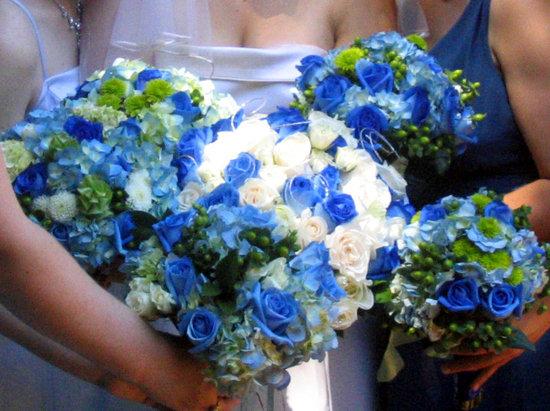 Blue Wedding Flowers Photo
