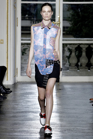 Balenciaga Spring 2011 Ready-to-Wear