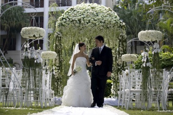 Wedding decoration outside church outdoor wedding ceremony wedding decoration outside church tereza s so whether you re following the wedding junglespirit Choice Image
