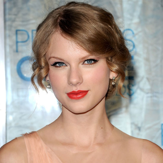 taylor swift signature picture. Get Taylor Swift#39;s Signature