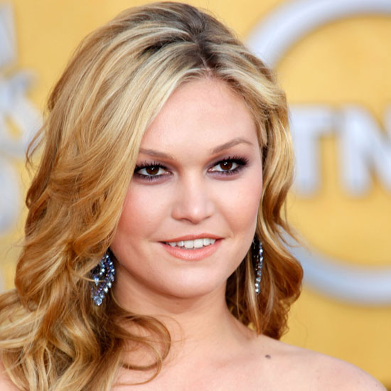 Julia Stiles Face photo