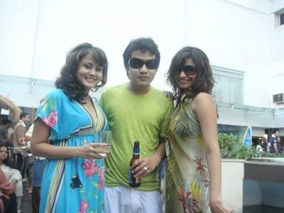 Dimpy Ganguly Mahajan Leaked Pics from Facebook Account