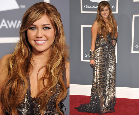 miley cyrus outfits 2011. Do you like Miley#39;s theatrical