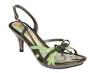 Model Sepatu Wanita Sepatu Cewek Terbaru 2011