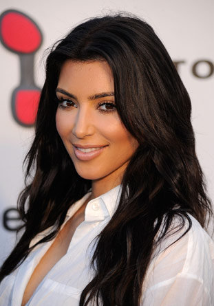 http://media.onsugar.com/files/2011/02/06/2/1377/13779101/a6/kim-kardashian-long-hairstyles.jpg