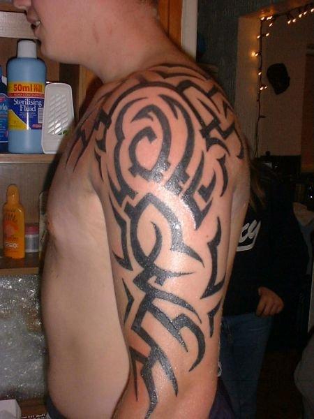 arm tribal tattoos