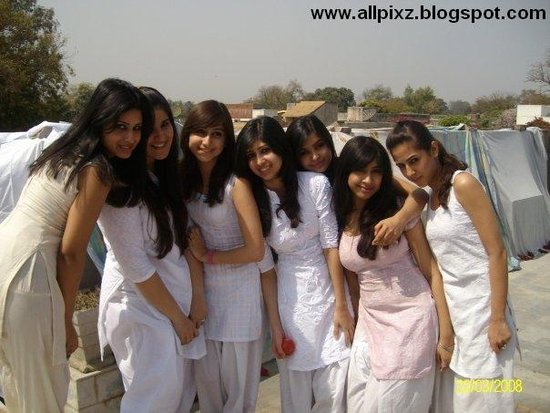 nude models of lahore