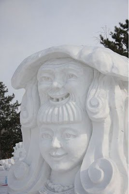Snow Sculptures Seen On www.coolpicturegallery.us