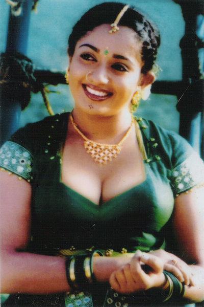 beautiful nude arabic actress