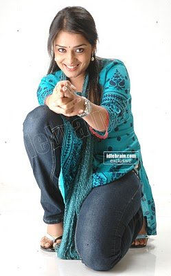 Tamil Hot Actress Nikitha Hot Pictures In Salwar