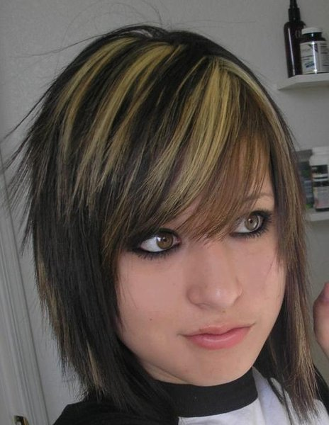 emo haircuts for girls with medium. emo haircuts for girls
