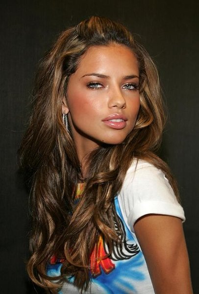Adriana Lima Latest News