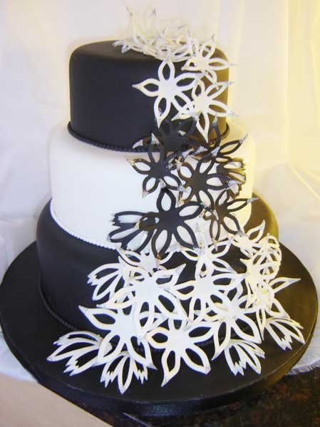 pictures of wedding cakes with stairs. Black and White Wedding Cakes