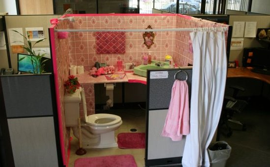 Best and top of everything the world s top 10 best office pranks