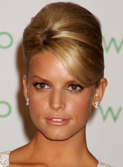 jessica simpson hairdo bangs. The Jessica Simpson hairstyle