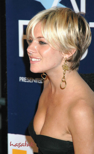 short haircuts for thick hair 2011. Short Hairstyles for Women