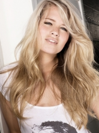 long hairstyles with bangs for women 2011. long hairstyles 2011 bangs.