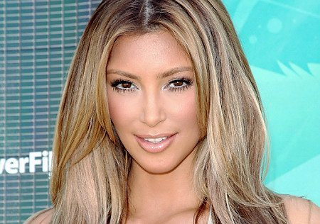 Kardashian Blonde Hair on Files 2011 04 17 3 1608 16082548 39 Kim Kardashian New Blonde Hair Jpg