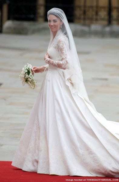 royal wedding dress kate. kate middleton royal wedding