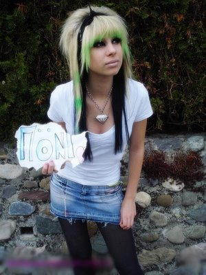 emo hairstyles for blondes. long londe hair emo