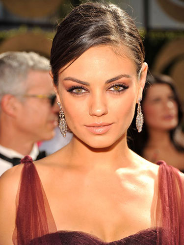 mila kunis eyes