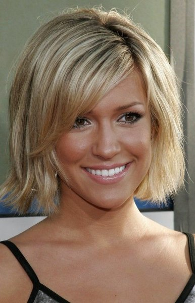short hairstyles for fat women. hairstyles for obese women.