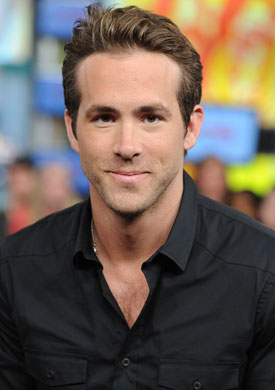 Ryan Reynolds Restaurant Movie on Ryan Reynolds Is One Of New Movie Ryan Reynolds