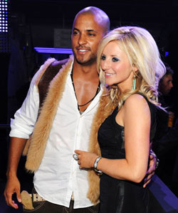 Ricky Whittle and Holl...